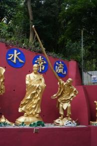 Bouddha a le bras long