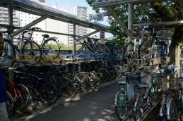 Un stationnement de vélo à Hiroshima