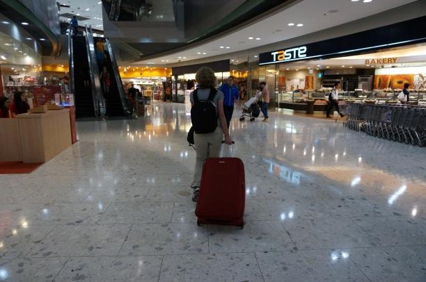 On roule notre valise dans les outlets