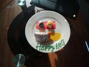 L'hôtel m'a rappeléque c'était la fête des couleurs