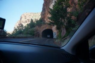 Un tuneel de près d'un mille de long