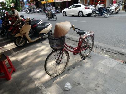 Meme les vélos ont leur chapeau