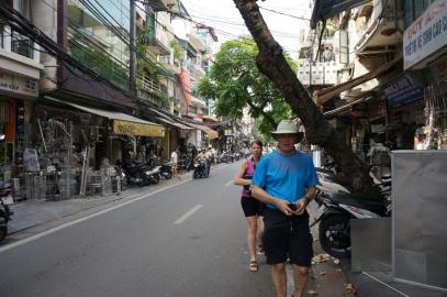 Une marche de reconnaissance dans le vieux Hanoi
