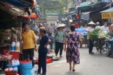 Au marché, à la sortie de l'hotel