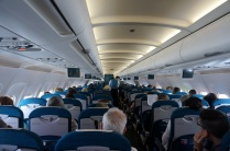 L'avion est plein, surtout avec des touristes