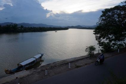La vue sur la riviere
