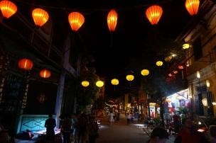 Le soir toutes les lanternes sont allumés
