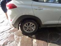 Le pneu est dégonflé, ça commence bien la journée