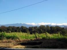 Les montagnes sont presque constamment recouvertes de nuages