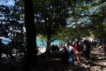 On se dirige vers la plage du parc qui est très achalandée
