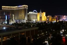 Las Vegas est vraiment impressionnant le soir.