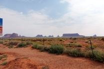 On voit Monument Valley