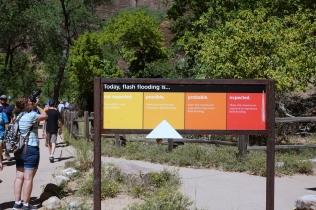 Il est possible d'avoir des Flash Flood: un coup d'eau subite dans le canyon