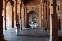 Une ballade à l'intérieur de la Mosquée
