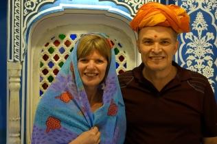 Un vrai couple indien (Johanne ou est passé ton Tilak?)