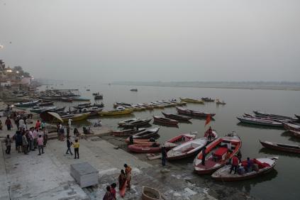 Les bateaux pour se promener sur le Gange