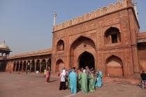 L'une des porte d'accès à la mosquée