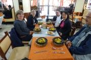 Au Maroc, on mange tous marocains (tajine au poulet)