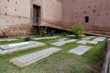 Les tombeaux musulmans, très sobres