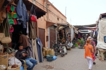 En route vers les Souks (marché)