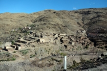Des villages berbères sur flanc de montagnes