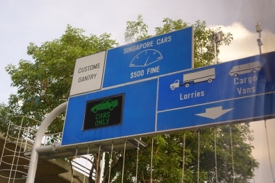 Les autos de Singapour ne peuvent pas aller faire le plein en Mlaisie