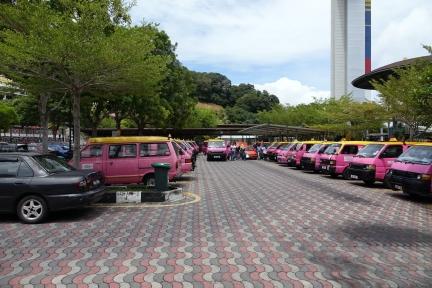 Ce n est pas les taxis qui manquent