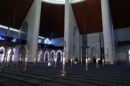 La salle principale qui peut accueillir plus de 10 000 personnes