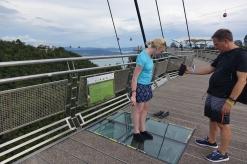 Sur la passerelle, des sections de verre pour les plus aventuriers