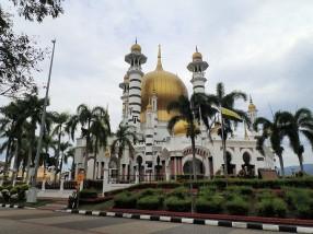 La plus belle mosque de Malaisie parait il, en route vers Ipoh