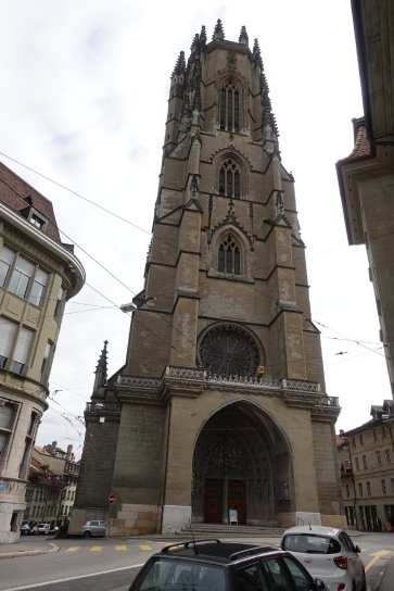 La Cathédrale de Fribourg qui est à 2 pas de l hôtel