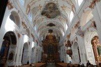 L'intérieur de la Cathédrale des Jésuites