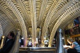 Le bar Giger, une source d'inspiration pour Cynthia