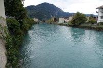 On se promene dans le vieux Interlaken